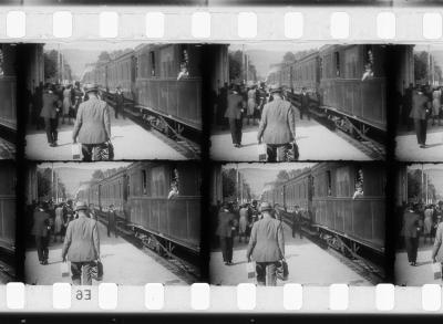 20161105144438-7-arrivc-807-e-d-un-train-en-gare-de-la-ciotat.jpg